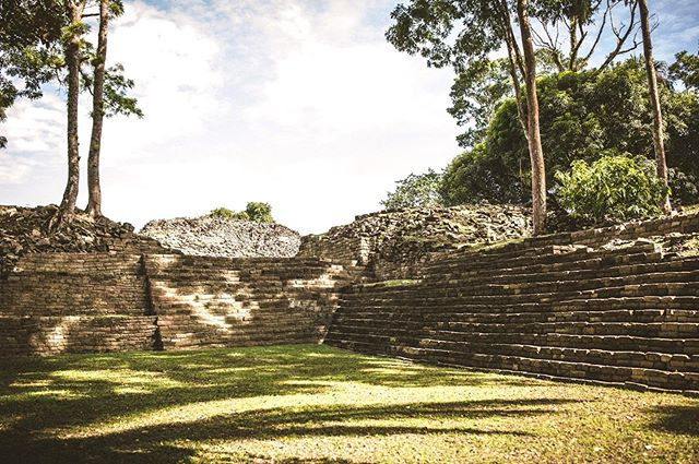 Discover the ancient history of Belize at Nim Li Punit!
