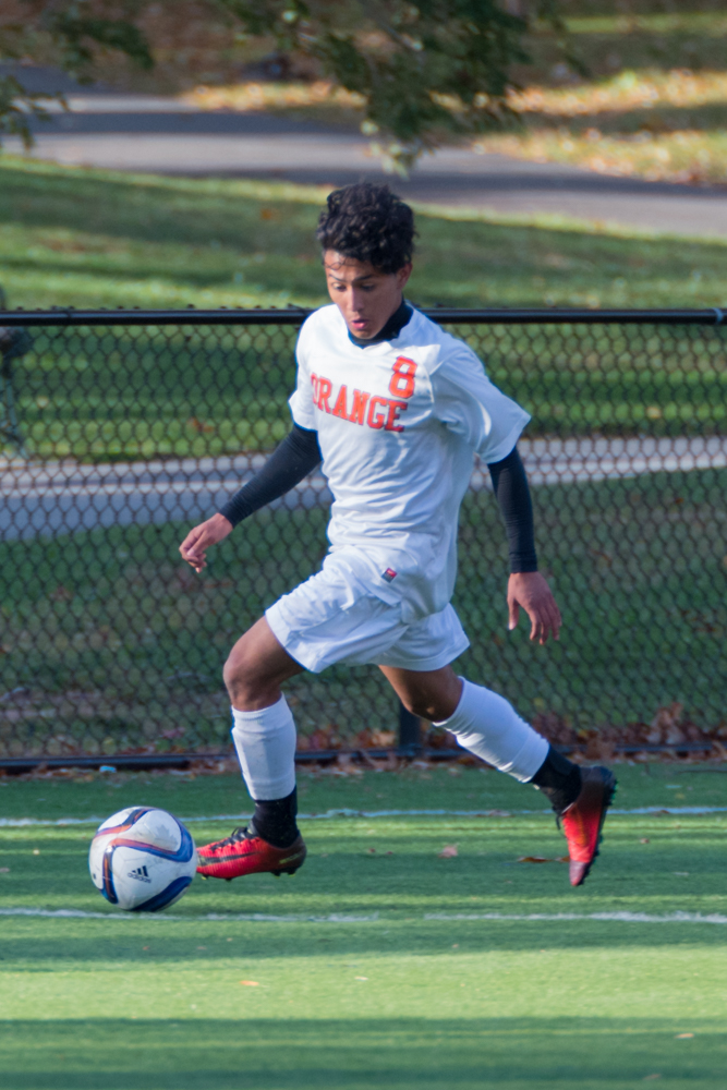 Orange-HS-Boys-Soccer-10252016-00446.jpg
