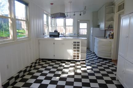 w2-kitchen.jpg