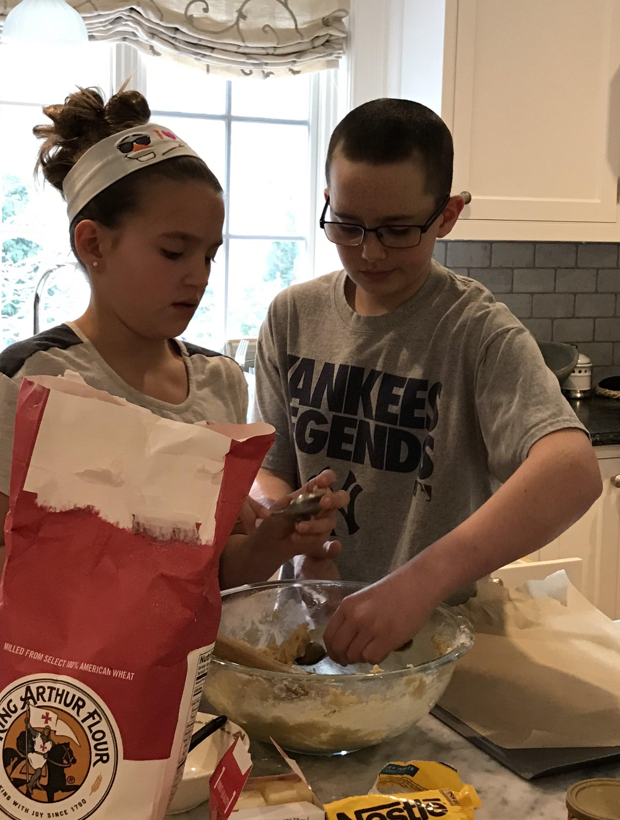cookie baking 2016 4.jpg