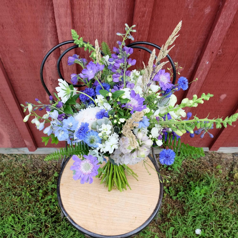 Nina's Bouquet.JPG