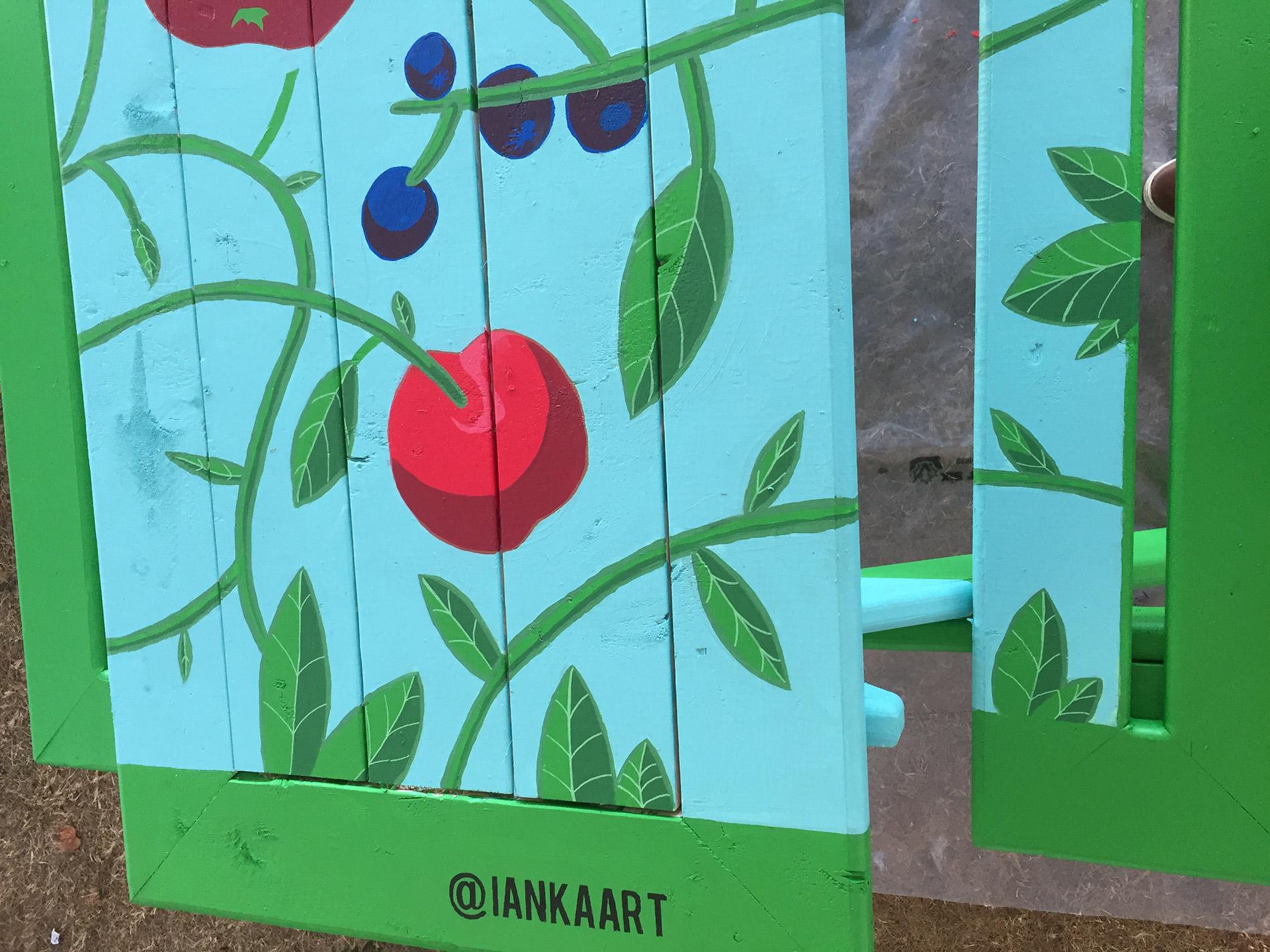 ian-kaart--skookum-festival--picnic-table-mural2.jpg