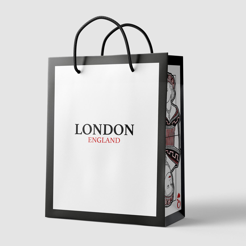 'London, England' by Janelle Momotani