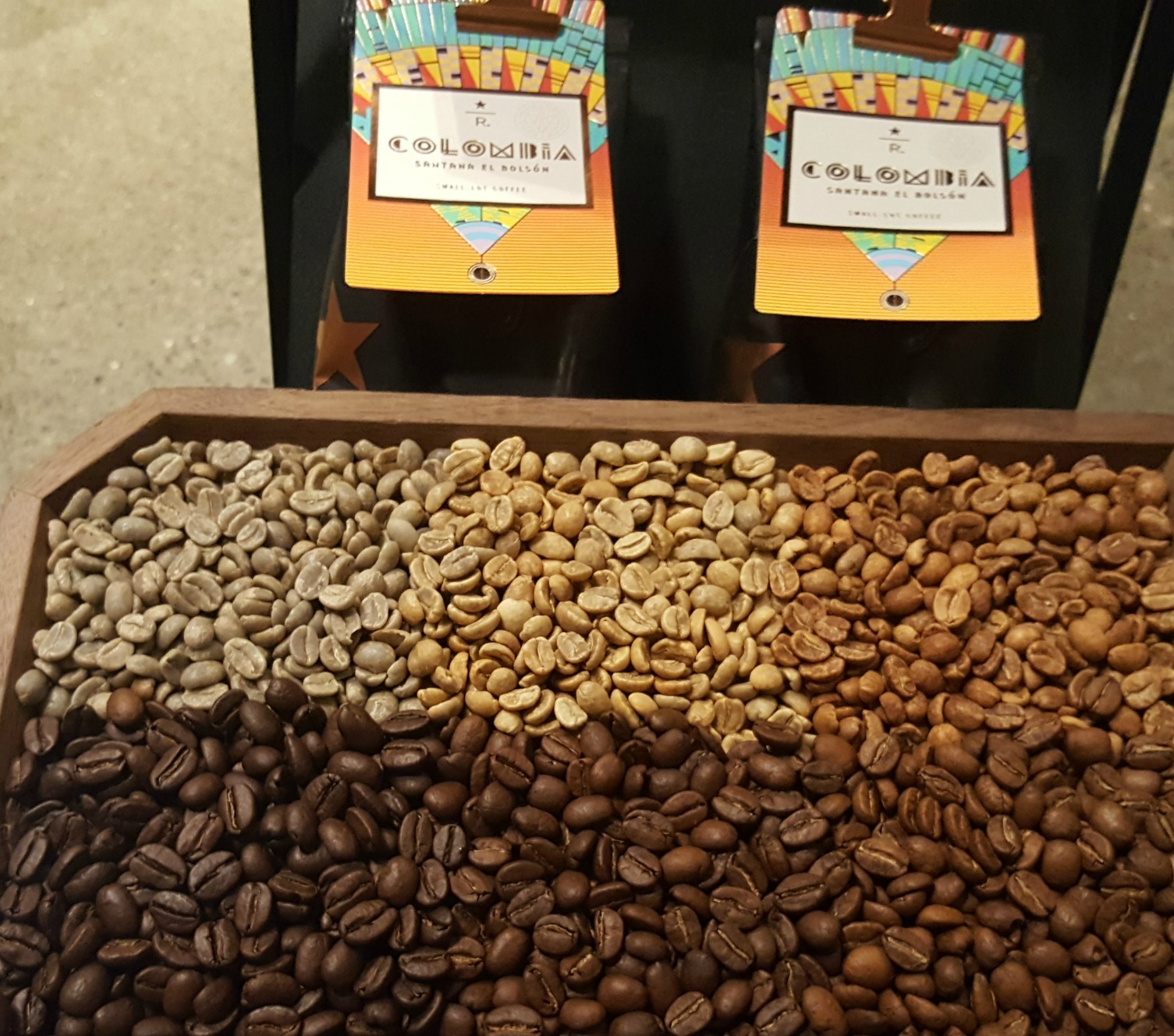 1 - 1 - 20160518_204735 colombia santana el bolson - green coffee to fully roasted.jpg