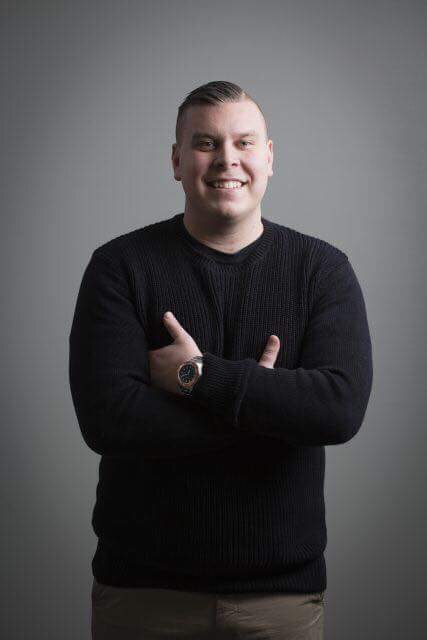 Jimmy är idag 28 år och föreläser om psykisk ohälsa.För mer info besök jimmylenefjall.se -
