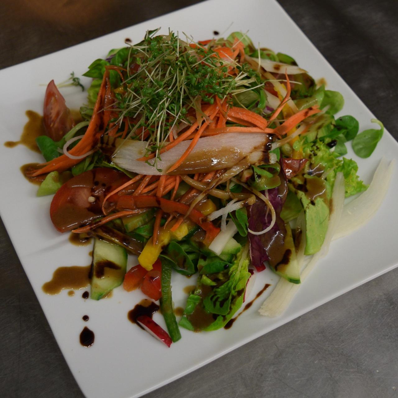 Salat 1.jpg
