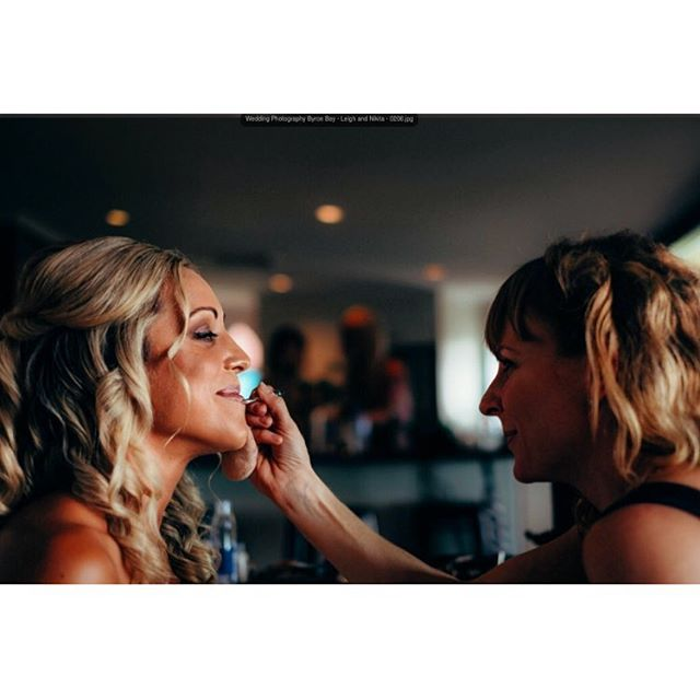 Private Joke 🤪  Doing what I love best 💋💄💍👩🏼‍🎨👰 ❣️🍾👍🏻👌My beautiful bride Nikita 👰  #btsphoto #makeupartist #abiamakeupartistoftheyear  2014 #goldcoastmakeup #makeupartistgoldcoast #byronbaymakeupartist #ilovemakeup #ilovemyjob #blessedtodowhatilove4aliving #weddings #weddingday #weddingphotos