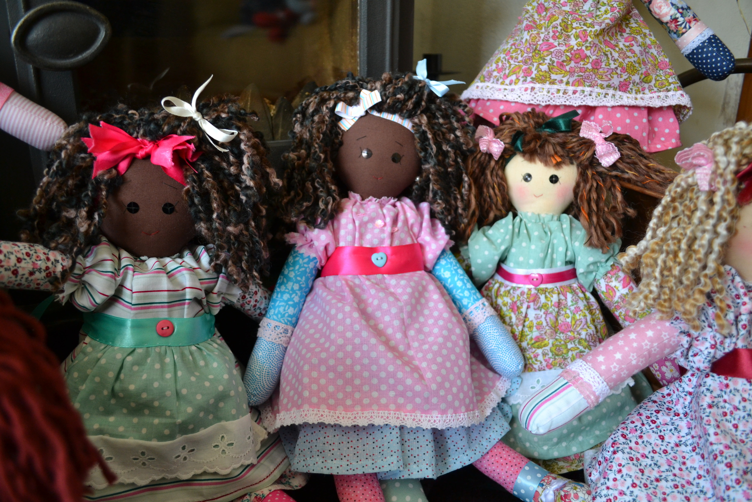 A group of small Jemima dolls