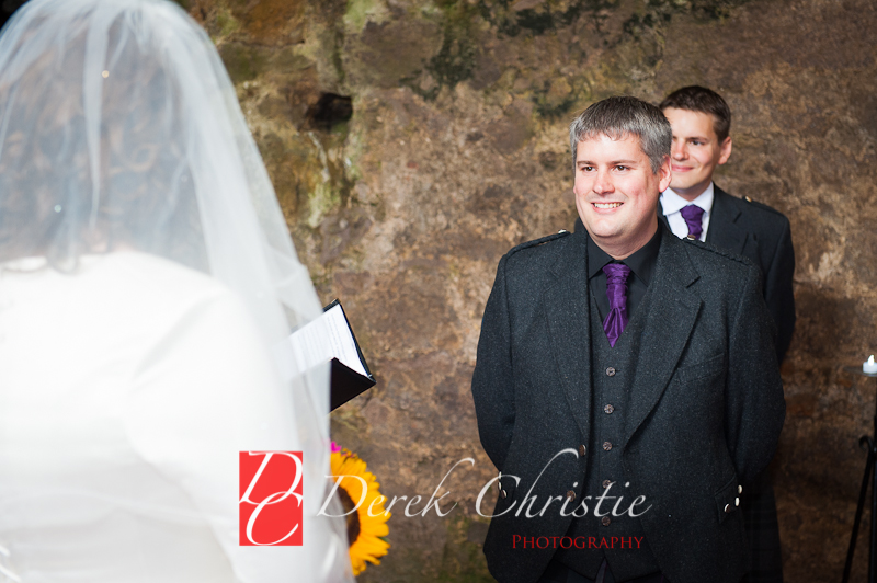 Alison-Jons-Wedding-At-Dirleton-Castle-18-of-40.jpg