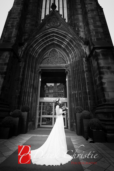 Carlyn-Bens-Wedding-at-The-Hub-Edinburgh-18-of-59.jpg