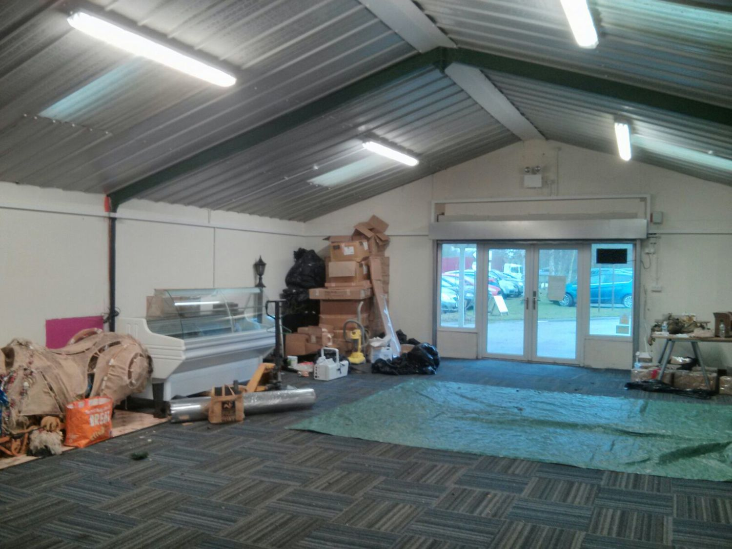 Construction of Ginger&Browns pet shop in Northwich, near Chester and Frodsham, Cheshire. Specialising in dogs, cats and wildlife.