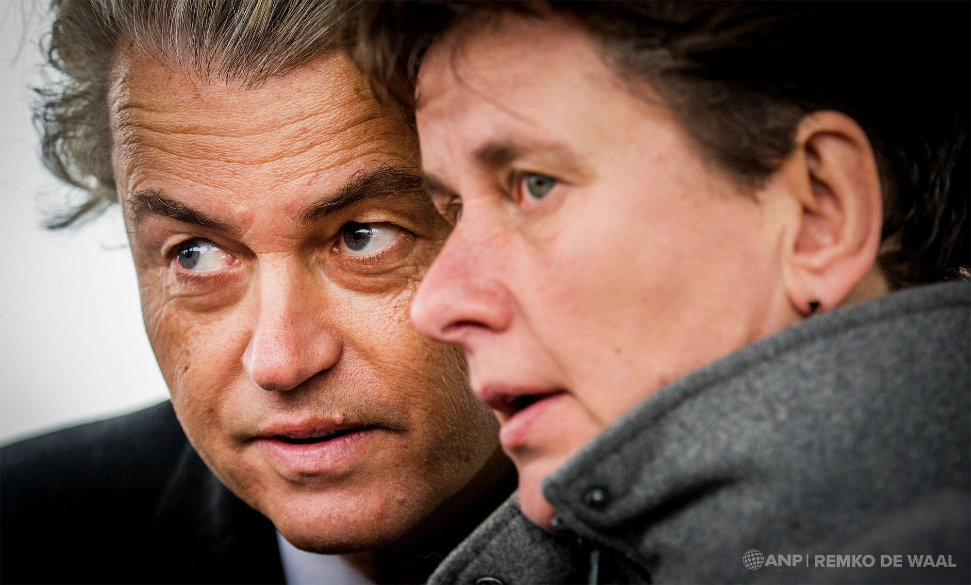PVV-leider Geert Wilders en fractievoorzitter in de Eerste Kamer Marjolein Faber tijdens een bezoek aan een visserschip in Volendam.