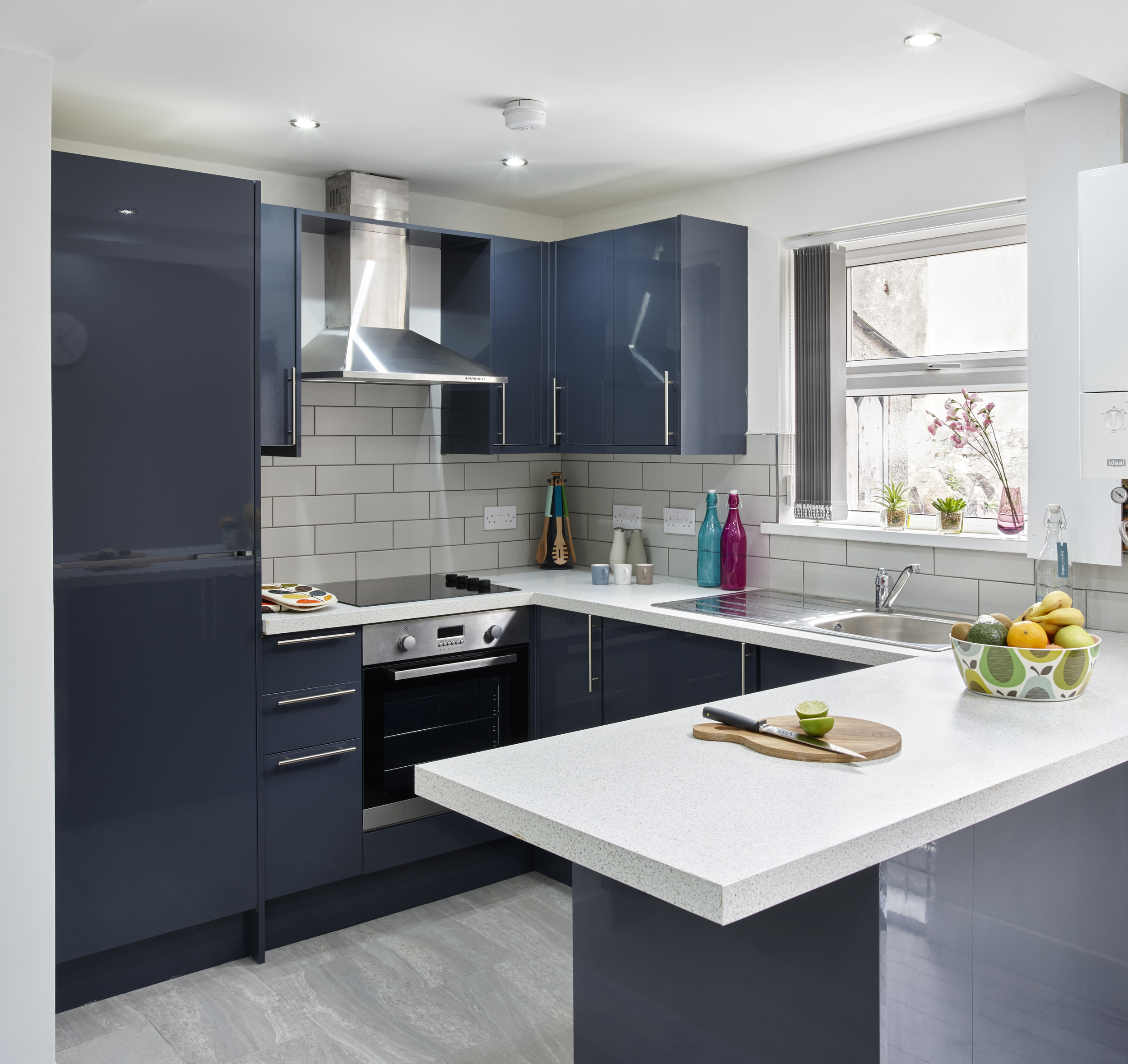 light grey splash back Builders Cardiff