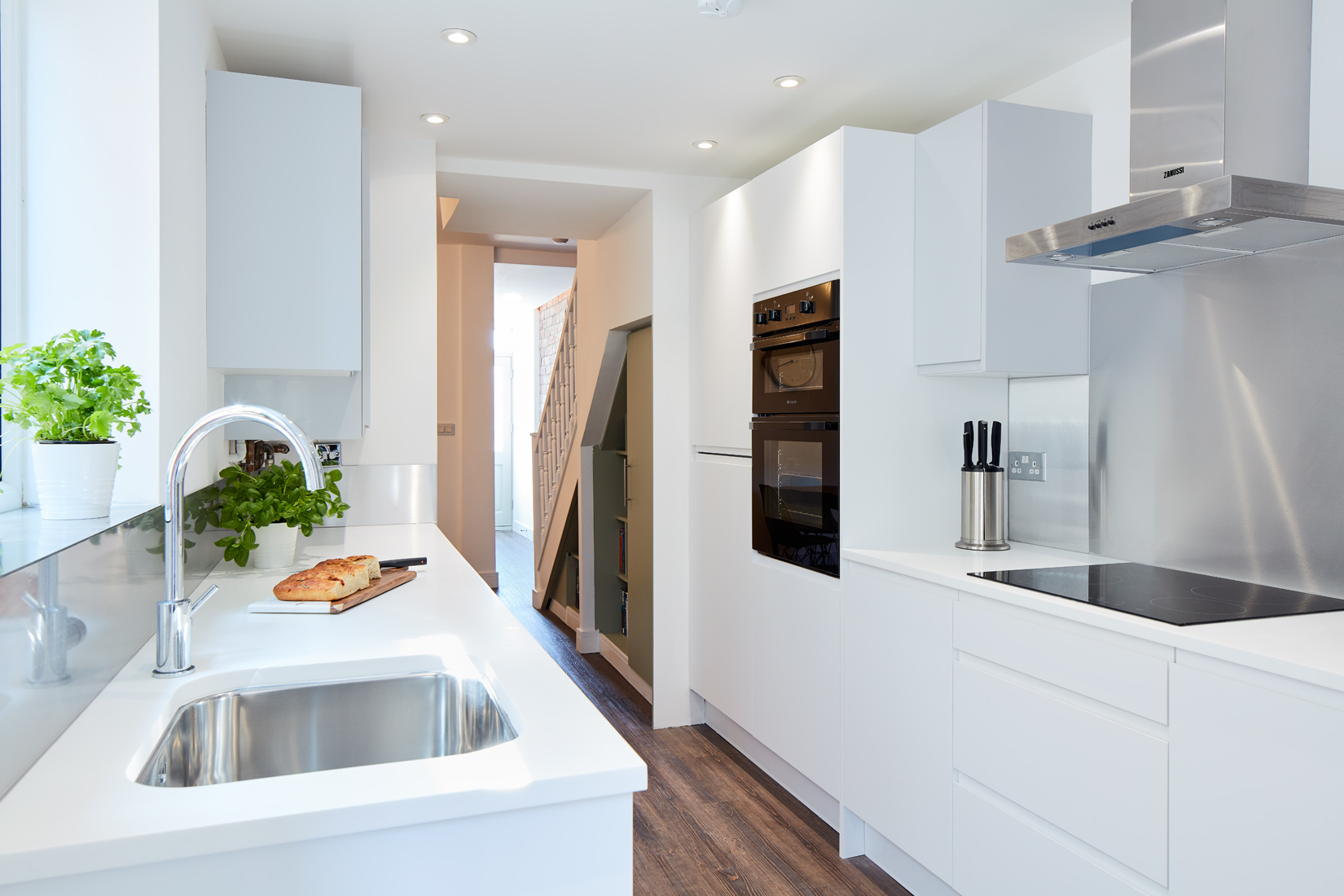 Kitchen fitter Cardiff