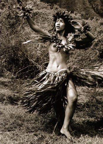 hawaii-dancer-bw.jpg