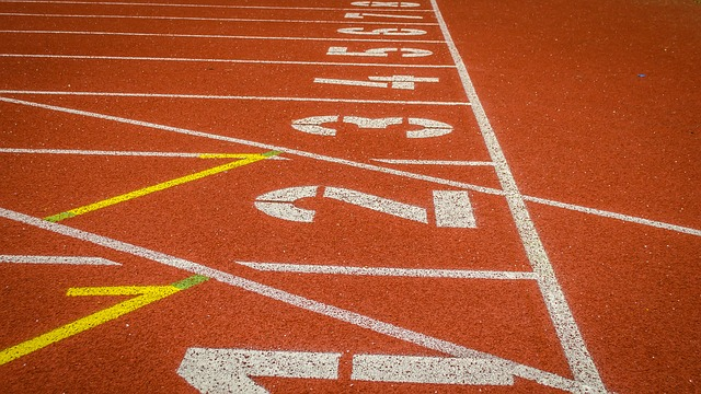 track-441248_6401.jpg