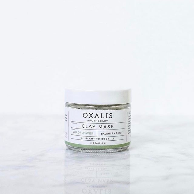 The perfect midweek treatment, Oxalis Apothecary Wildflower Clay Mask, a balancing and detoxing mask. French Green Clay, also known as Sea Clay, is a powerful, naturally mined clay with high absorbency and detoxifying features. Natural minerals tone and replenish cells for clearer, fresher skin. Lavender flowers and essential oils of Roman Chamomile and Lavender help to calm and regenerate. Perfect for normal, oily or troubled skin. Can also be used with our Geranium Clay Mask to target specific areas for combination skin. Shop and order today At Cotanova.com 🌟🌟🌟. #skincare #claymask #organicskincare #organicbeauty #naturalskincare #naturalbeauty #greenbeauty #nontoxic #nontoxicbeauty #cleanbeauty #wellness