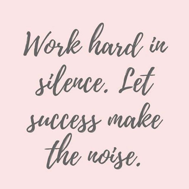 Friday inspo. 🙌🏼🙌🏼🙌🏼🙌🏼. #weekendvibes #inspirationalquotes #success #blessed #greenbeauty #naturalbeauty #organicbeauty #cleanbeauty #naturalmakeup