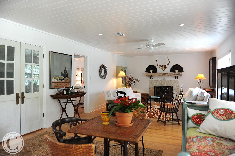 Atlantic Beach Home Renovation, Family Room, ©Mark Sain Wilson Photography