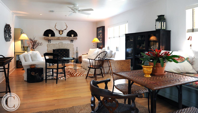 Atlantic Beach Home Renovation, Family Room, White Wood Tongue and Groove Ceiling, ©Mark Sain Wilson Photography