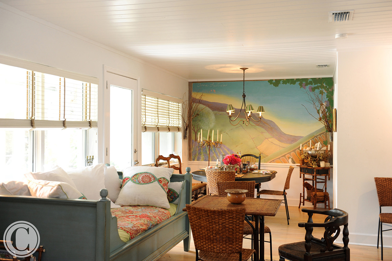 Atlantic Beach Home Renovation, Family/Dining Room, Hand-Painted Mural, ©Mark Sain Wilson Photography