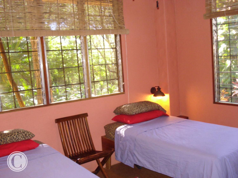 bedrooms-costa-rica-cornelius-construction (2).jpg