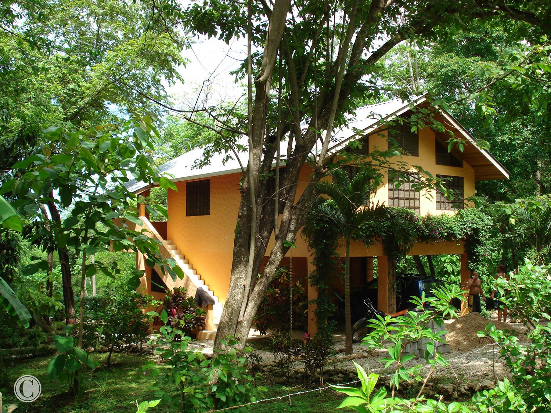 exterior-costa-rica-cornelius-construction (2).jpg