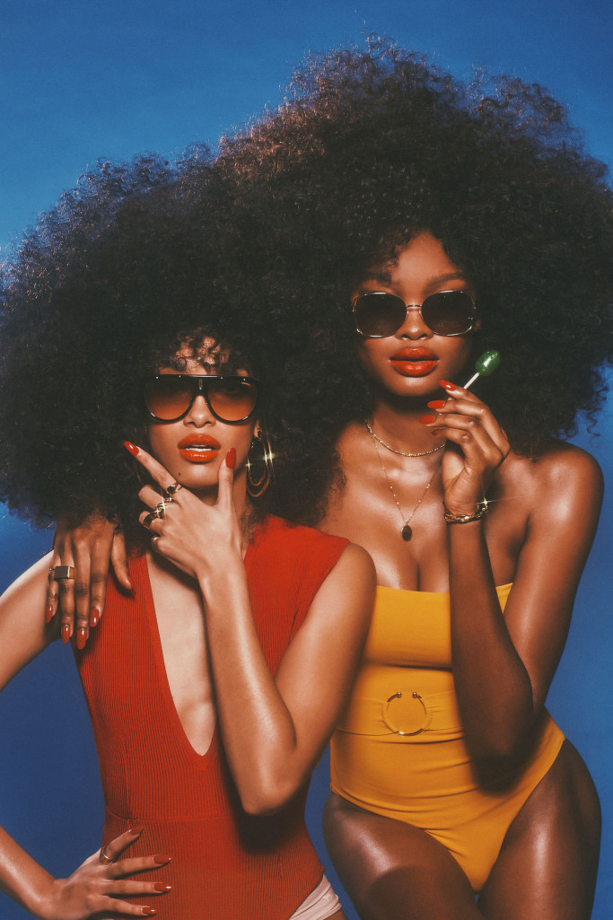 red-nails-tori-h-s19-sunglasses-hot-stuff-4.jpg
