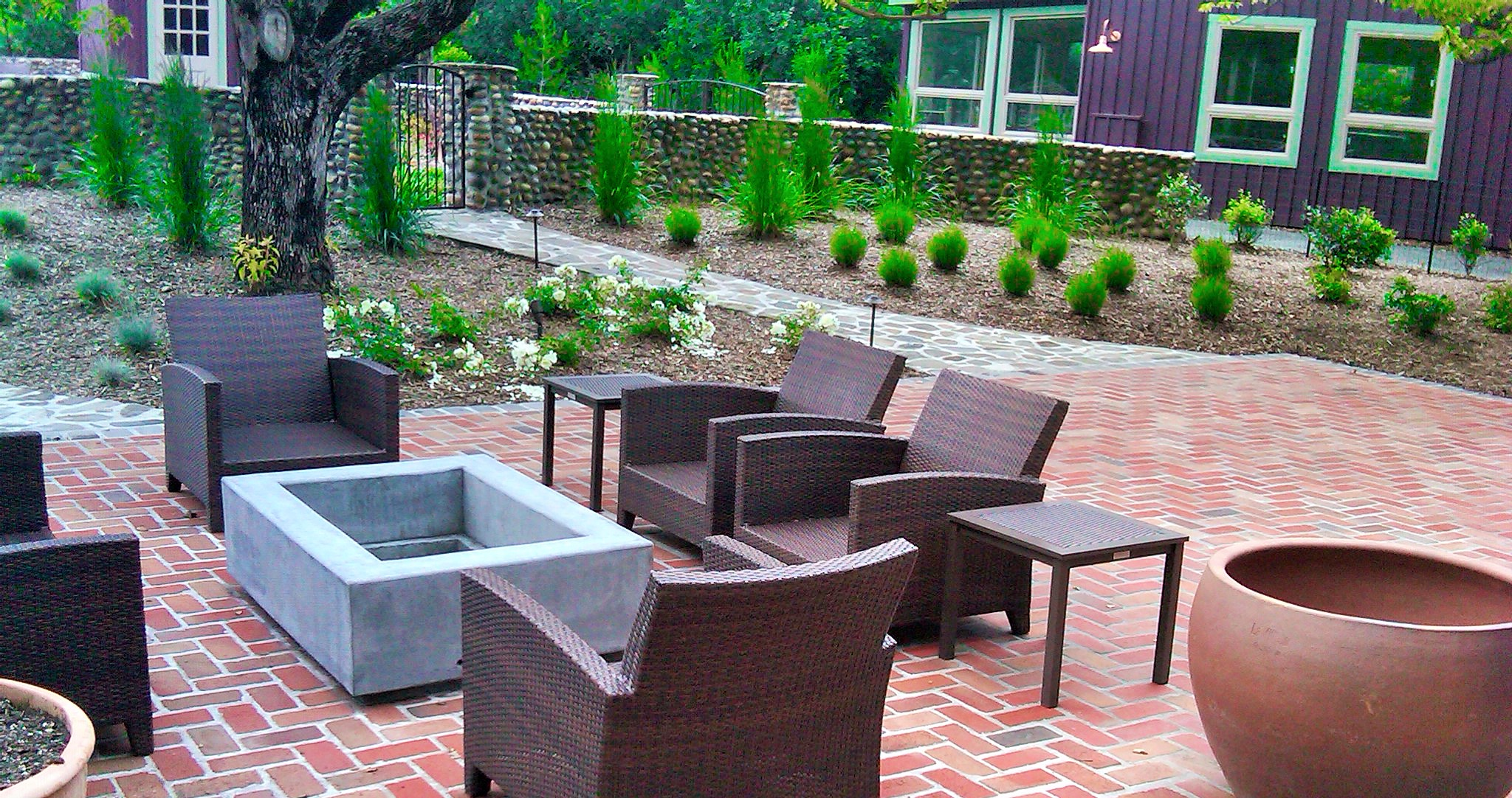brick patio fire pit.jpg