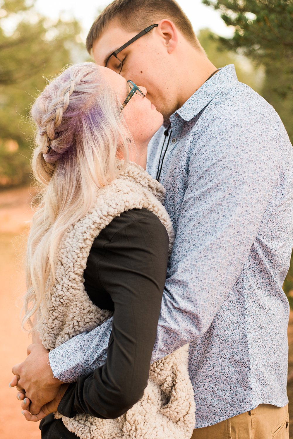 garden-of-the-gods-engagement-session-colorado-springs-wedding-photographer-k-m-4.jpg
