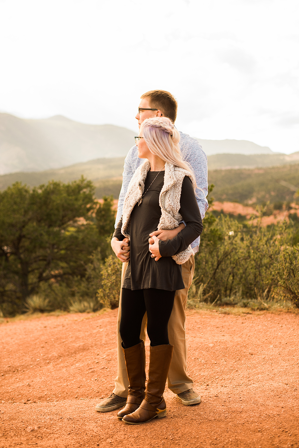 garden-of-the-gods-engagement-session-colorado-springs-wedding-photographer-k-m-7.jpg