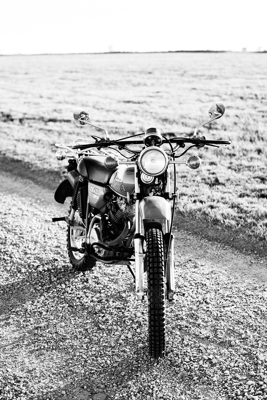 edgy-motorcycle-couple-shoot-denver-photographer-2.jpg