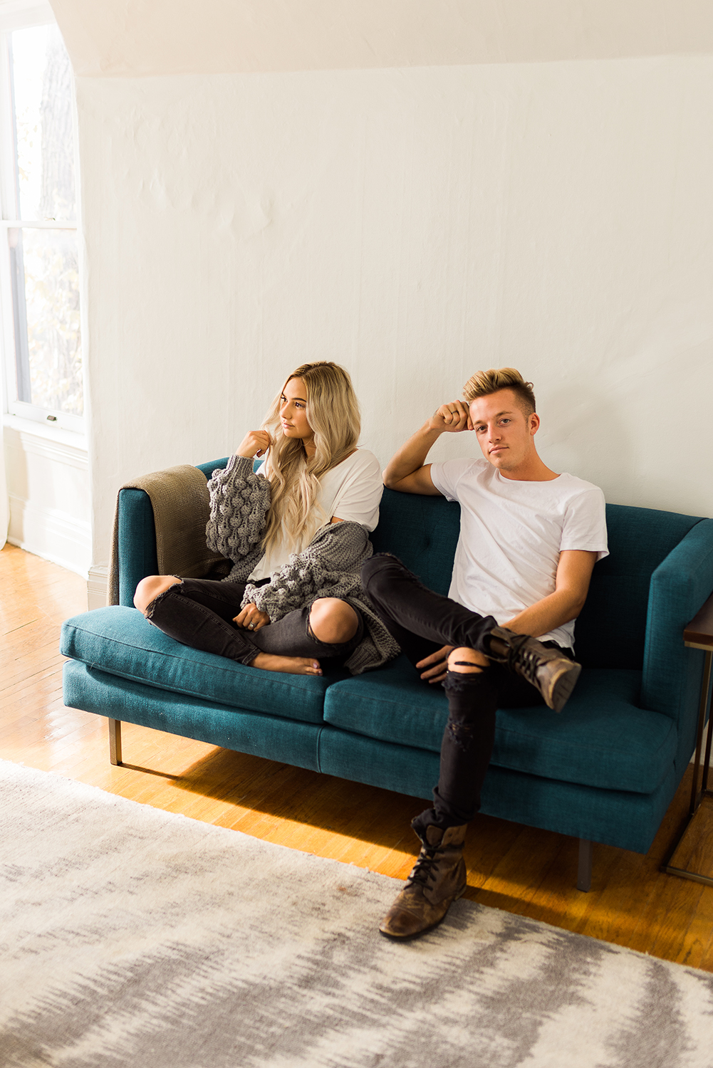 in-home-couples-session-colorado-photographer-36.jpg