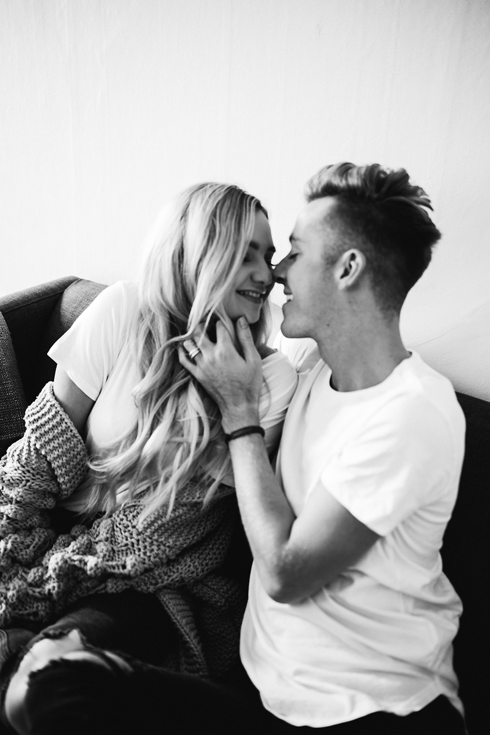 in-home-couples-session-colorado-photographer-44.jpg