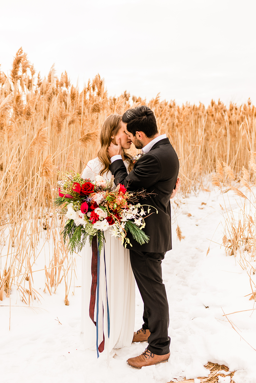 colorado-winter-elopment-colorado-springs-wedding-photographer-4.jpg