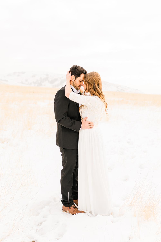 colorado-winter-elopment-colorado-springs-wedding-photographer-20.jpg