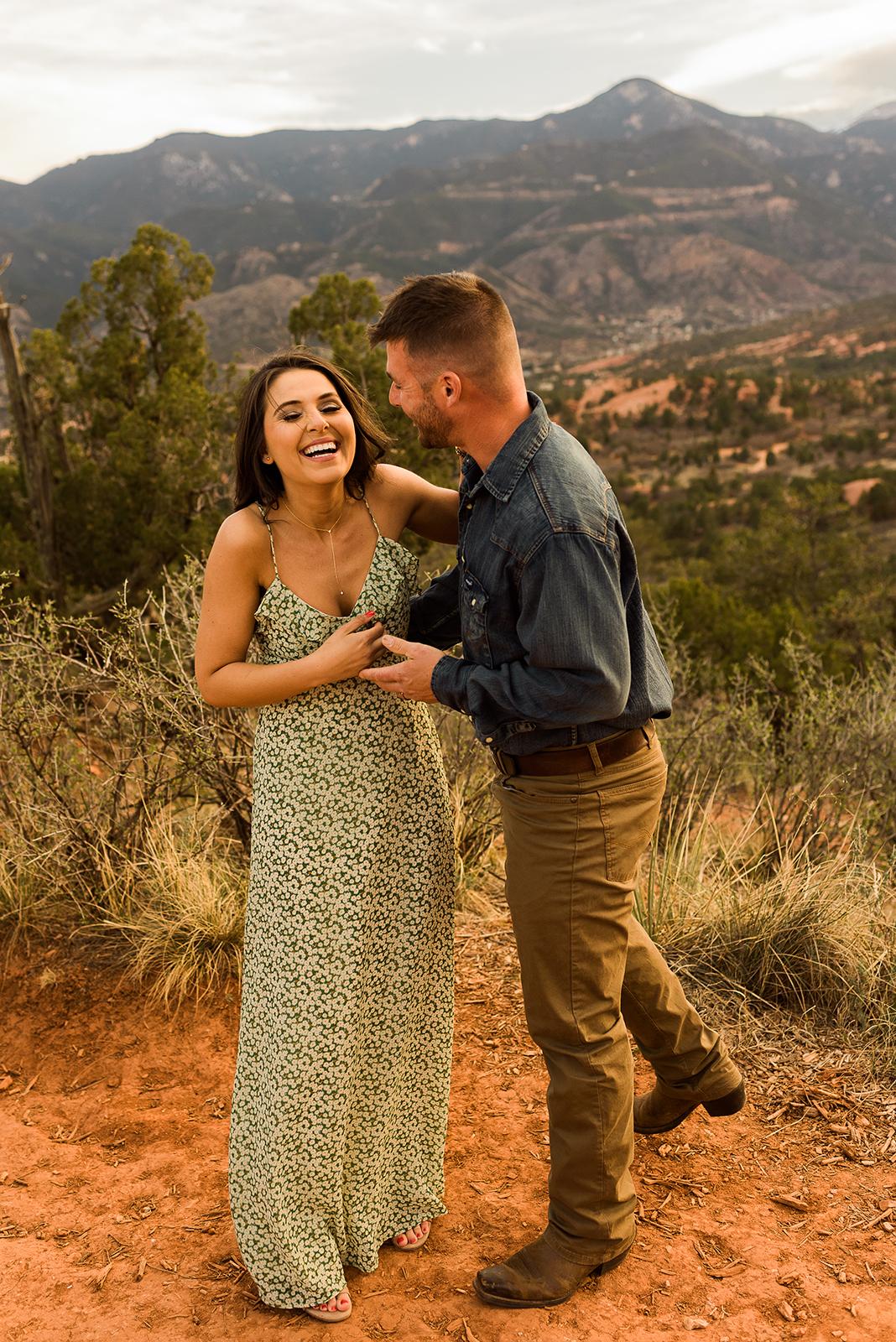 garden-of-the-gods-couples-session-colorado-springs-photographer-18.jpg