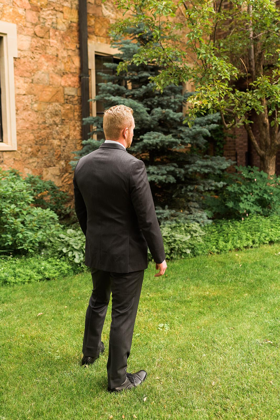 glen-eyrie-castle-wedding-10.jpg