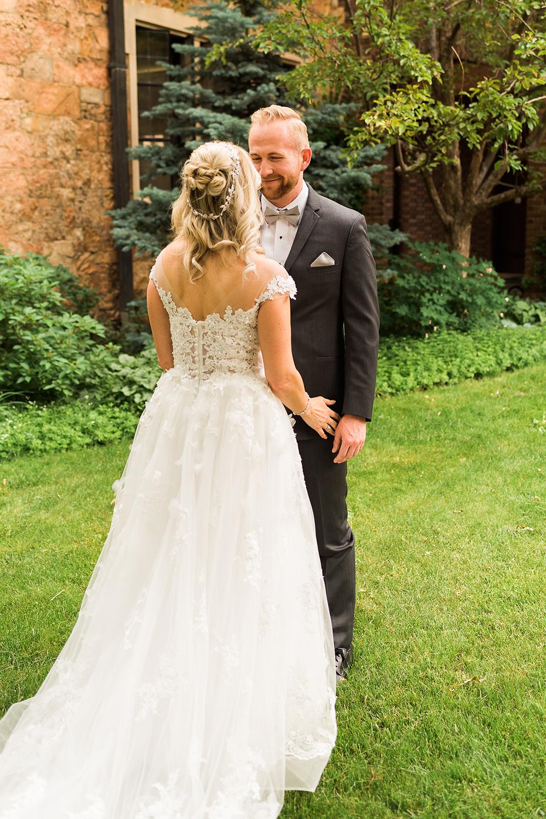 glen-eyrie-castle-wedding-14.jpg