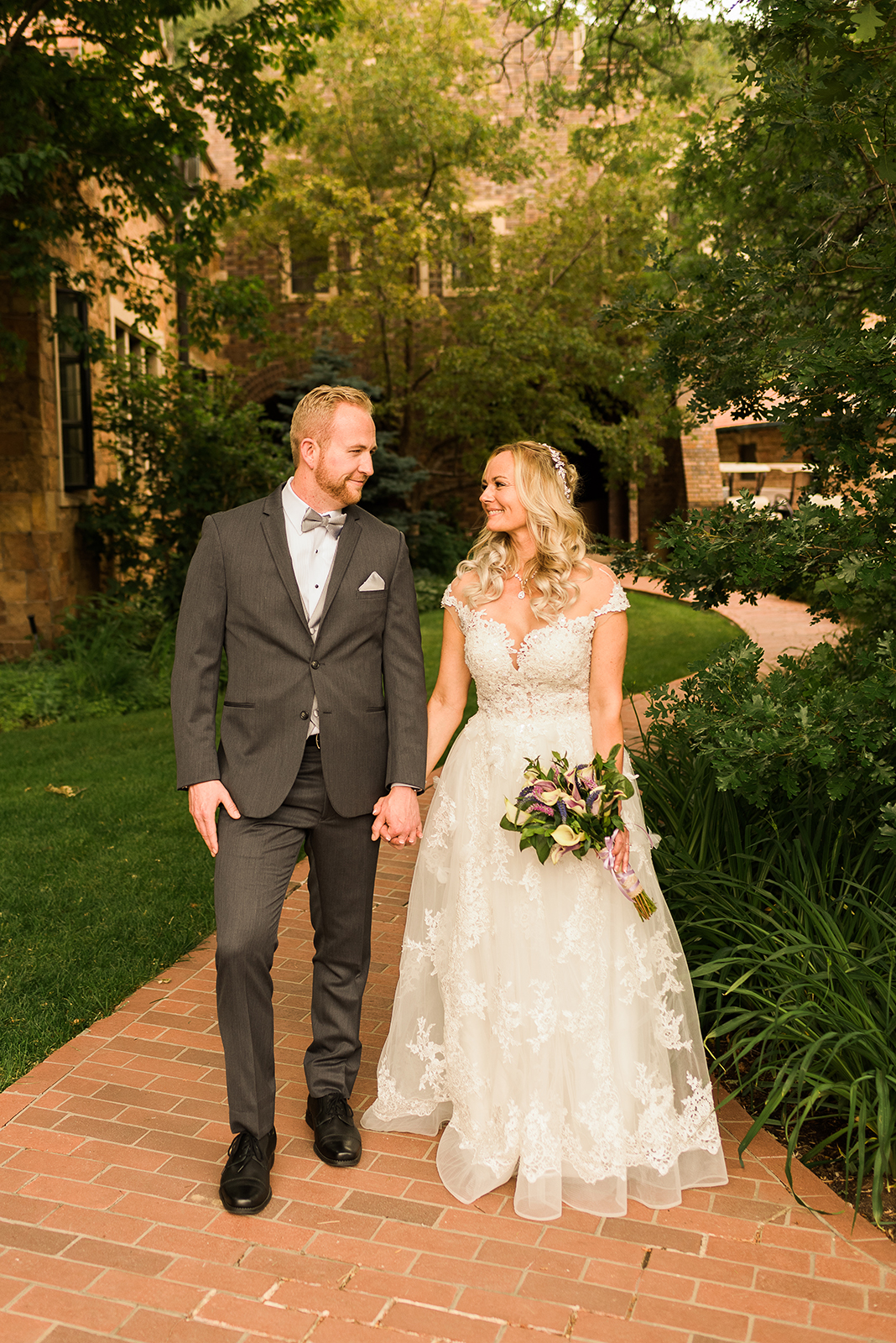 glen-eyrie-castle-wedding-23.jpg