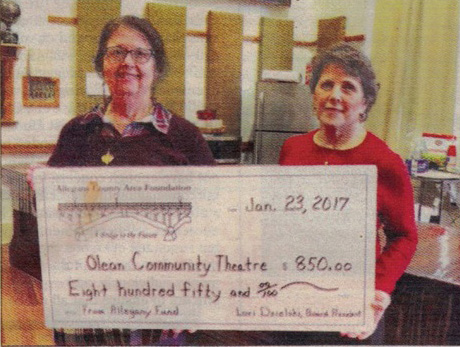 The Allegany County Area Foundation recently awarded a $850 grant to the Olean Community Theatre. This grant money will be used to help bring the production of THE BIG MEAL to the Palmer Opera House.