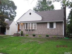 1009 Shelburne Dr - Franklyn Square, NY 11010ThiS Home Features: 4BR,1BTH and 6460 Sqft LotSOLD:$ 482,000Click To Find Out More