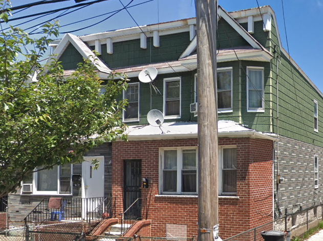 94-21 116th Street - Richmond Hill, NY 11419This Home Features: 3 BR, 2 BTH and 2000 Sqft LotAsk:$ 550,000Click To Find Out More