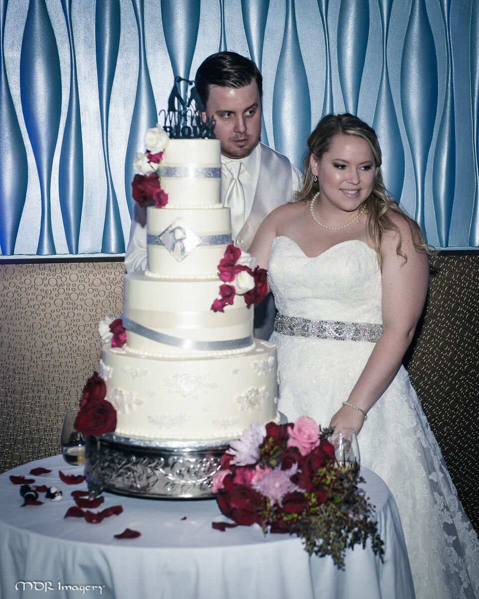 Ashleigh+Joe Bridal Cake.jpg