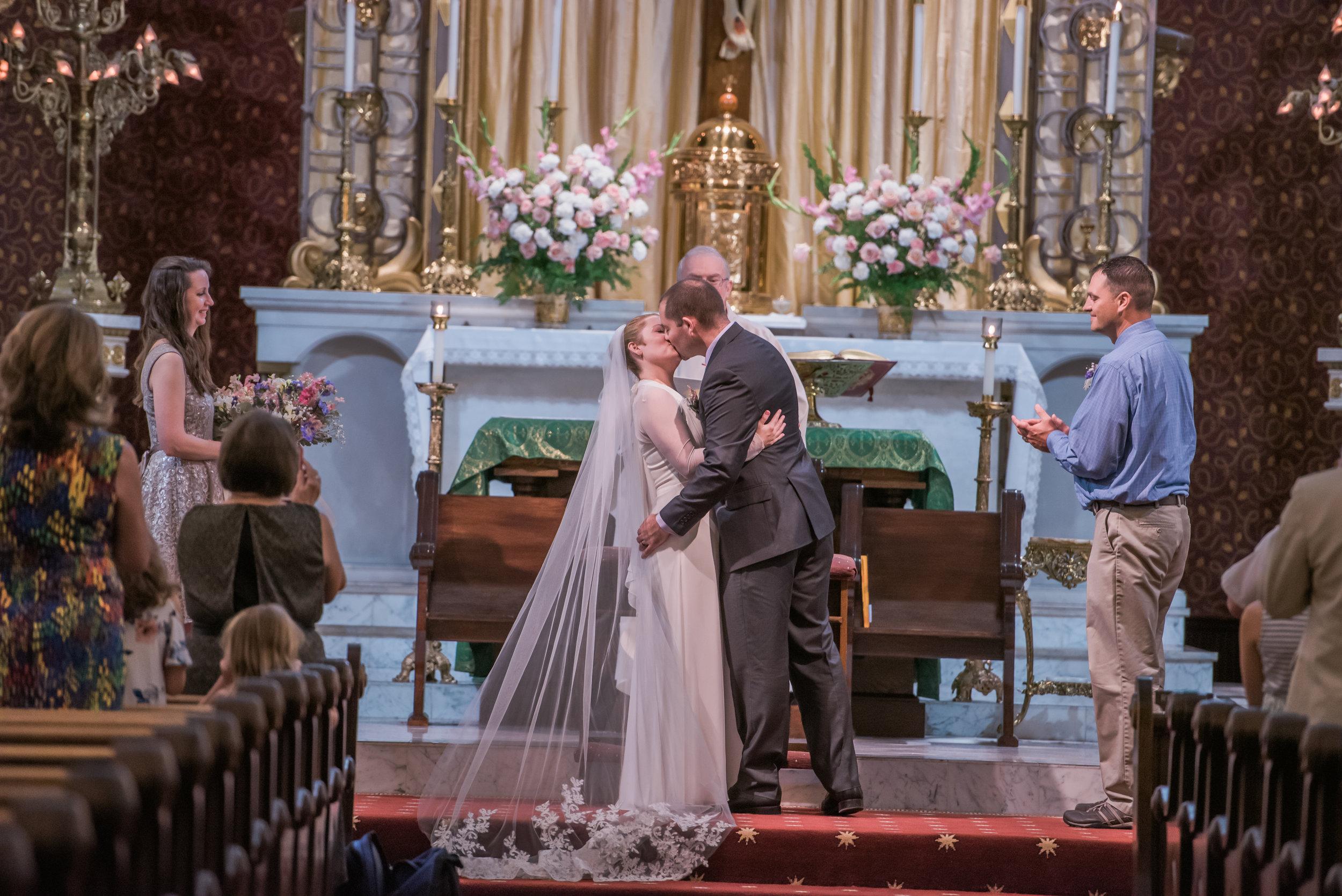 Matt+Becky Wedding - Kiss.jpg