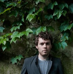 Gabriel Kahane Premieres New Album Inspired by the Architecture of Los Angeles