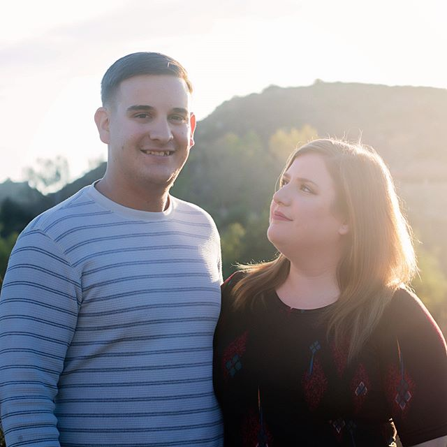 Head over to link in my profile to see this adorable maternity shoot in mission trails! • • • •  #photography #photoshoot #photographer #maternityphotography #maternityshoot #sandiego #missiontrails #family #lularoe