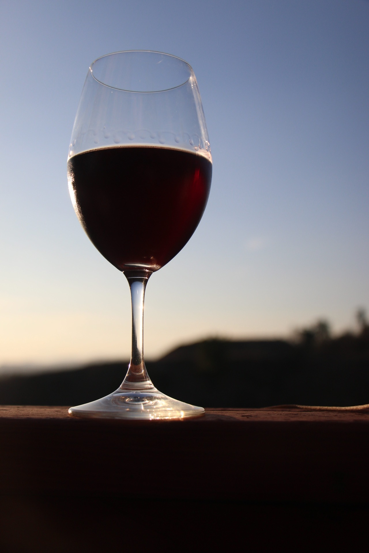 the wine idiot trader joe's wine review mayhall tibbs pinot noir