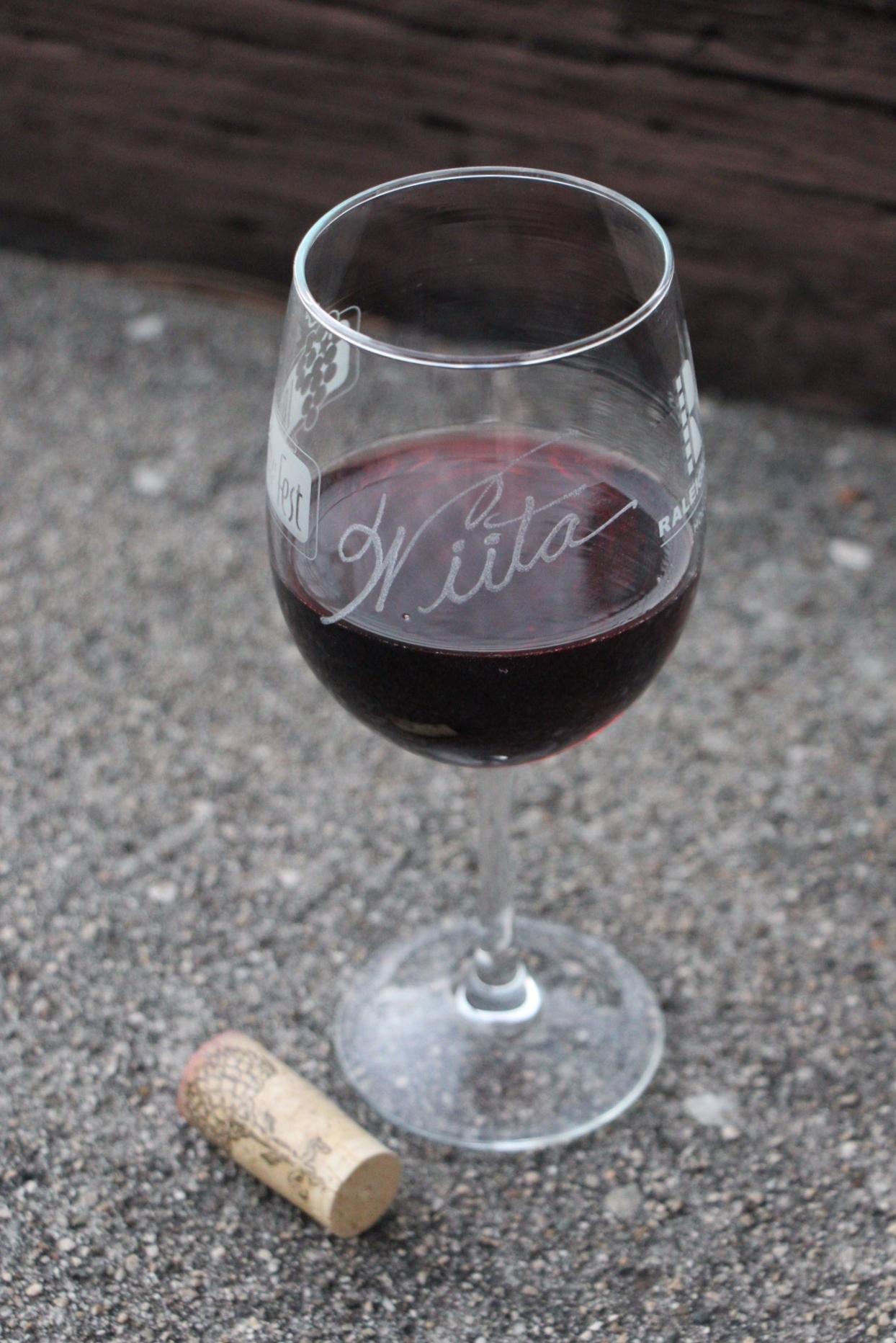 the wine idiot trader joe's wine reviews caretaker pinot noir 2013