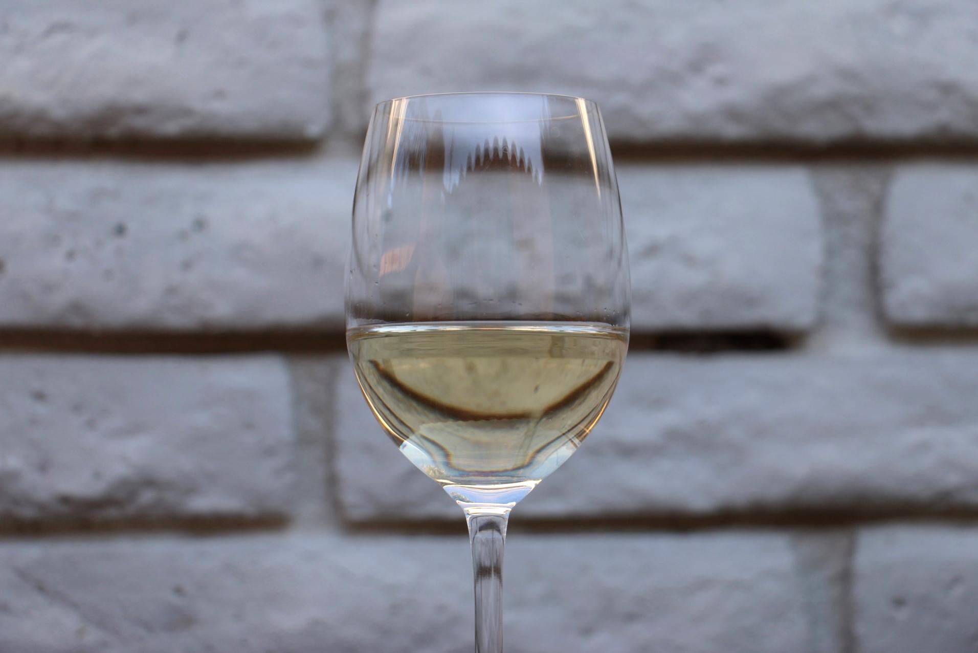 trader joe's block 67 sauvignon blanc boxed wine review